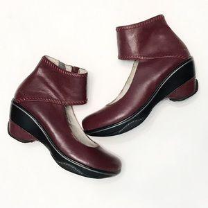 JAMBU Roxbury Sport Wedge Leather Bootie